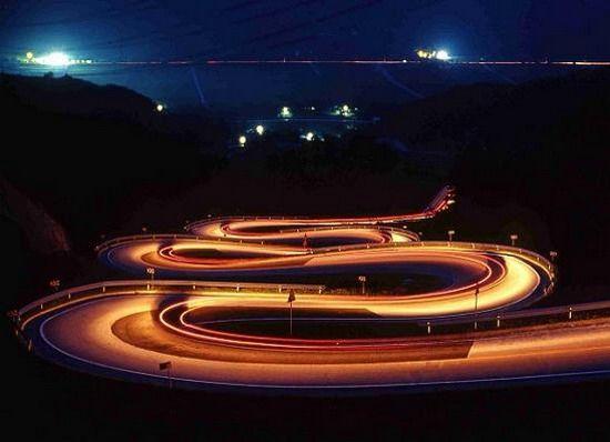 1190886501_road_001.jpg