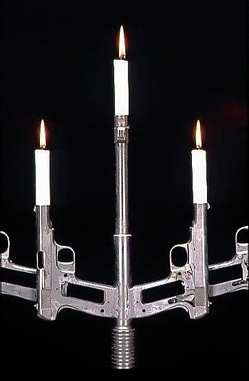 1226867178_candles2.jpg