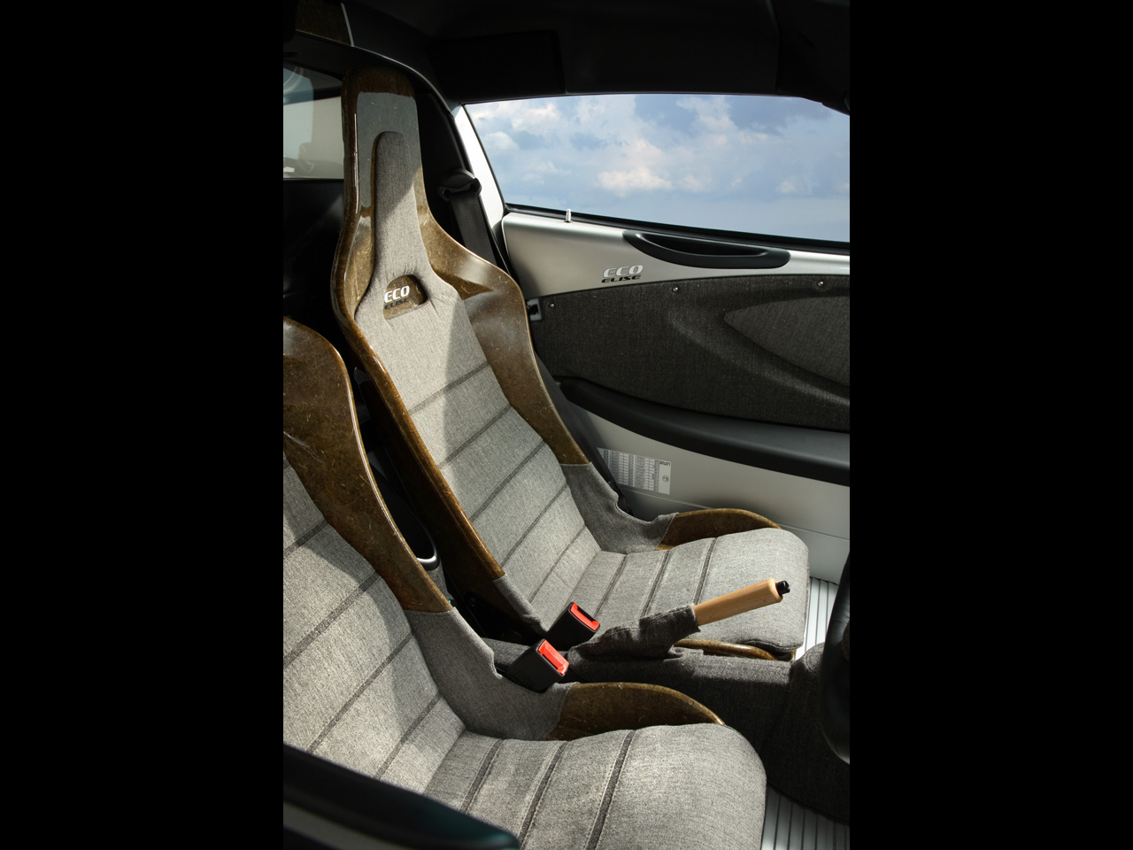 2008-Lotus-Eco-Elise-Seating-1280x960.jpg