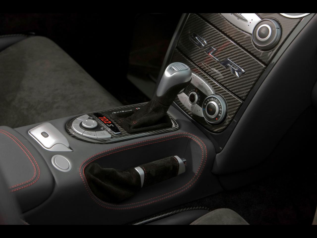 2009-Mercedes-Benz-SLR-McLaren-Roadster-722-S-Console-1280x960.jpg