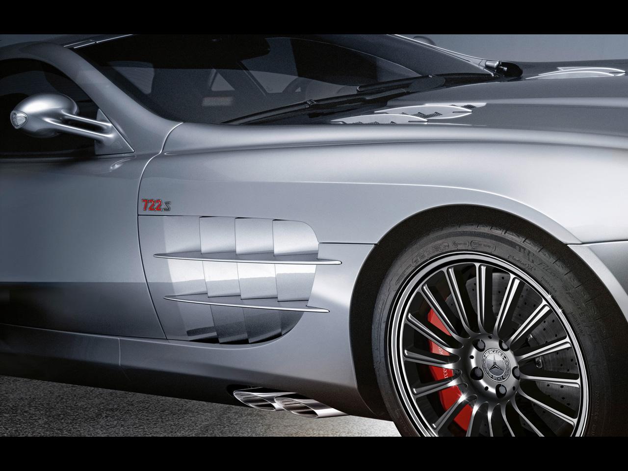 2009-Mercedes-Benz-SLR-McLaren-Roadster-722-S-Fender-Gills-1280x960.jpg