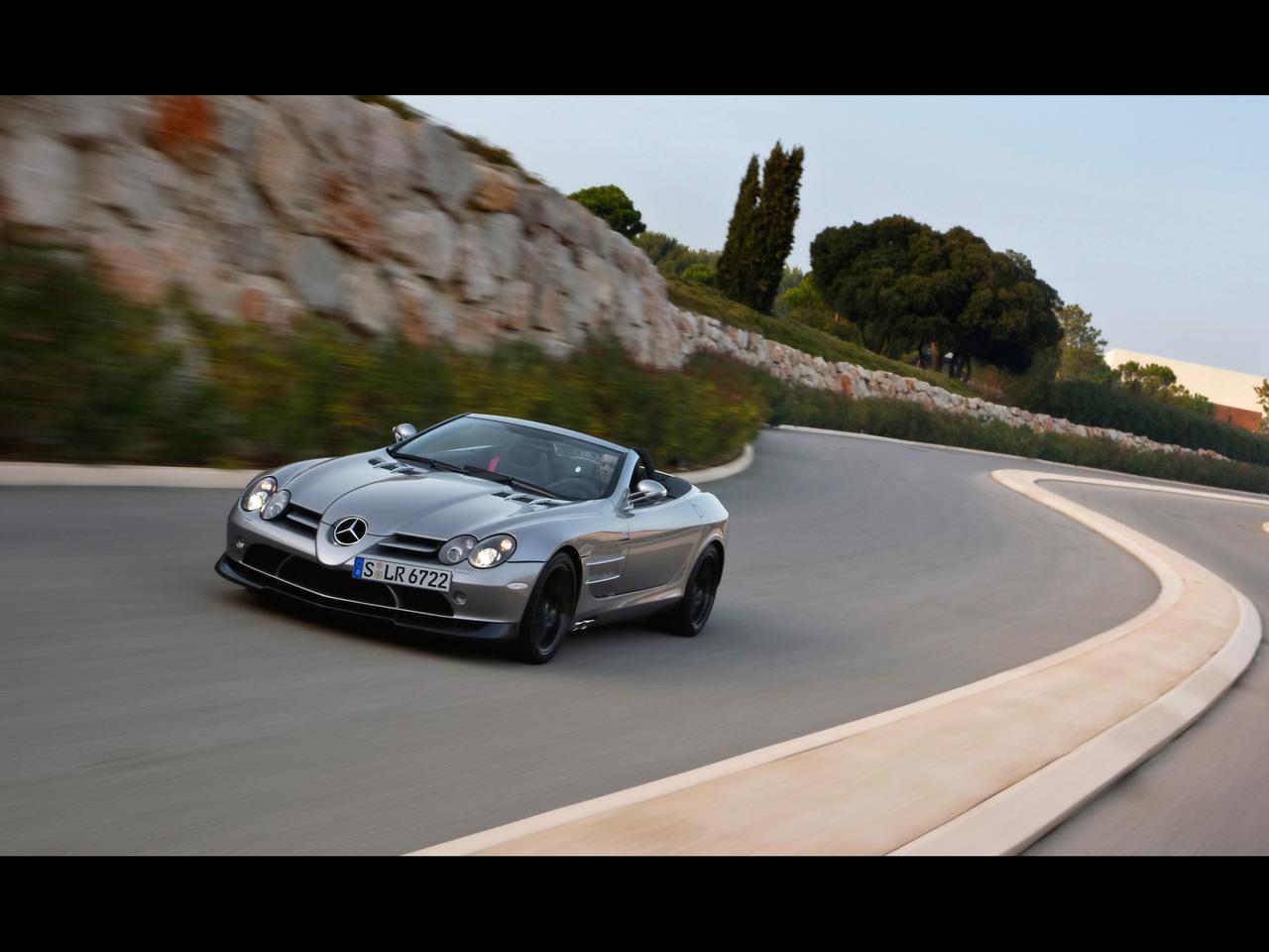 2009-Mercedes-Benz-SLR-McLaren-Roadster-722-S-Front-Angle-Speed-2-1280x960.jpg