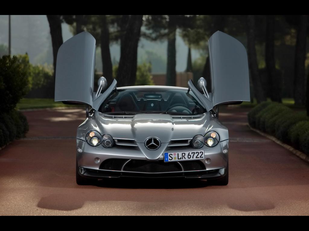 2009-Mercedes-Benz-SLR-McLaren-Roadster-722-S-Front-Open-Doors-1024x768.jpg