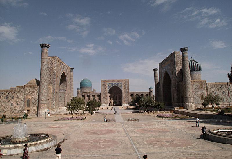 800px-Samarqand_Registan_2006.jpg