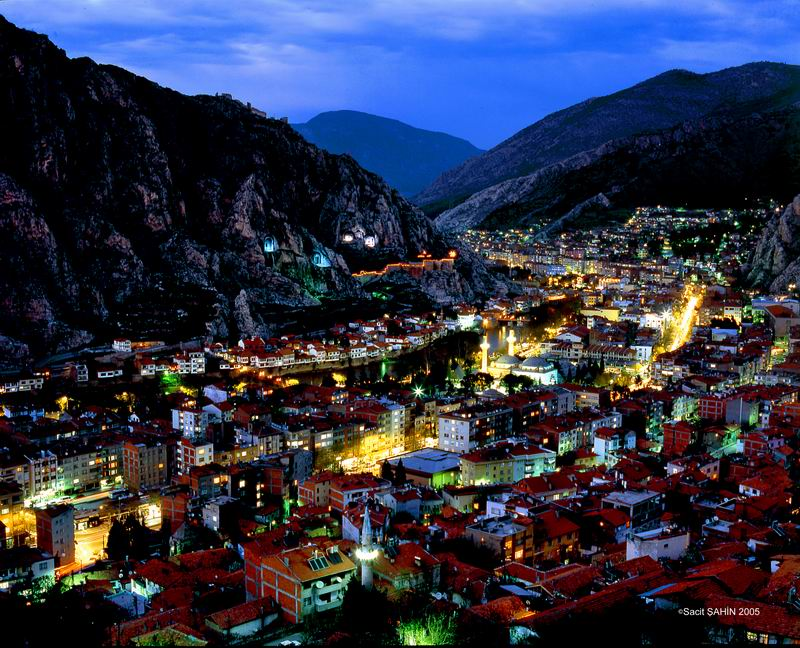 amasya-gece-manzarasi.jpg