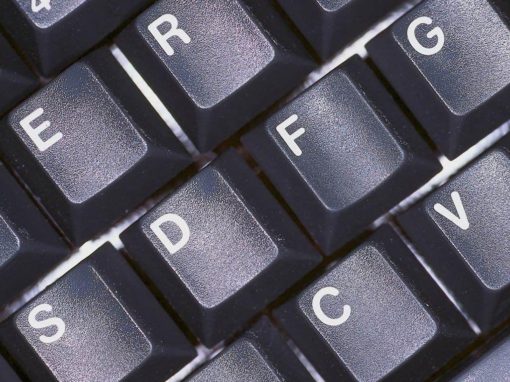 Bilgisayar_resimleri_pc_hardware_donanm_resimleri_kasa_klavye_resimleri.jpg