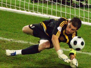Casillas_kurtaris_EURO2008.jpg