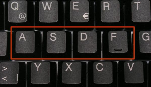 Computer_keyboard_with_%27asdf%27_highlighted.jpg