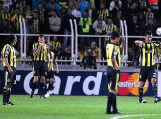 fb_arsenal_sok_futbolcular.jpg