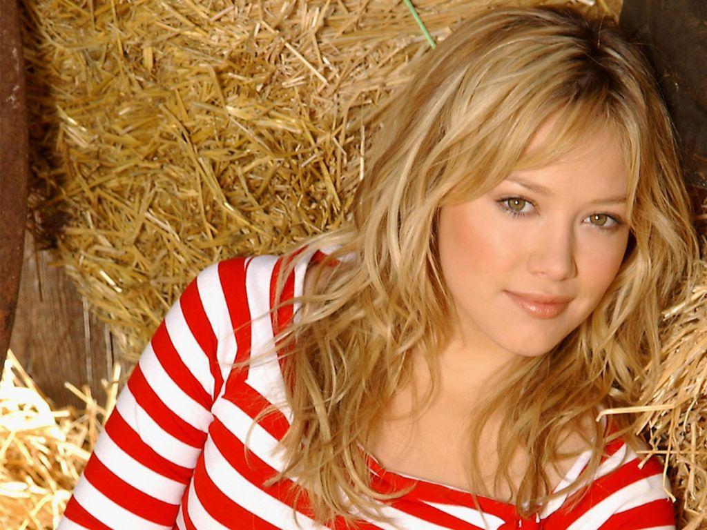 Hilary-Duff-45.JPG