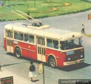 k_Akin_Kurtoglu_Troleybus20b.jpg