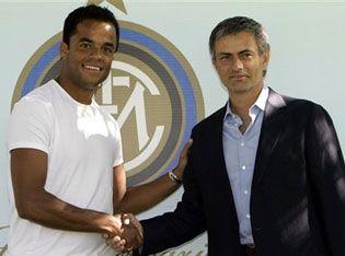 mancini_mourinho_inter.jpg