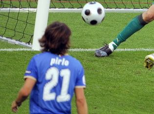 Pirlo_EURO2008.jpg