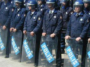 polis01.jpg