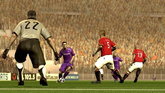 ss_preview_FIFA07x360SCRNromaFioren12.jpg